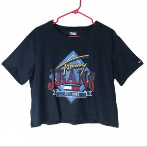 NWT Tommy jeans t shirt